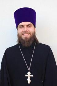 B. ierey I. Tvorogov